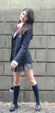 福士リナ制服画像