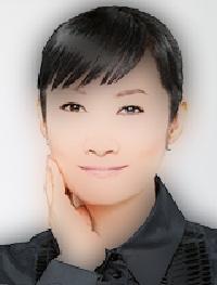 半分、青いで町医者の岡田貴美香役の女優は誰?