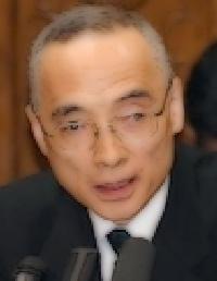 太田充理財局長の経歴や学歴は?家族・妻や子供も気になる!