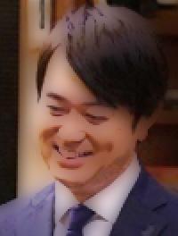 コンフィデンスマンjp第3話で美術評論家の城ヶ崎善三役の俳優は誰?