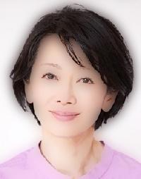 半分、青いで三オバの野鳥オタクの藤村麦役の女優は誰?