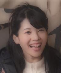 里子役の咲坂実杏画像