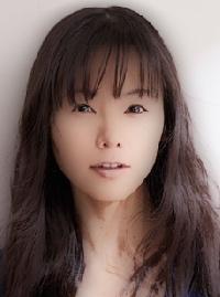 半分青いで全身緑の起業家の加藤恵子役を演じる女優は誰?